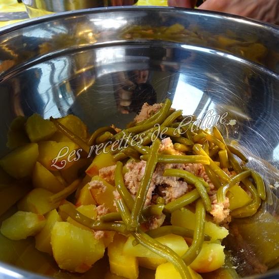 Salade de pommes de terre au thon, haricots et petits pois09