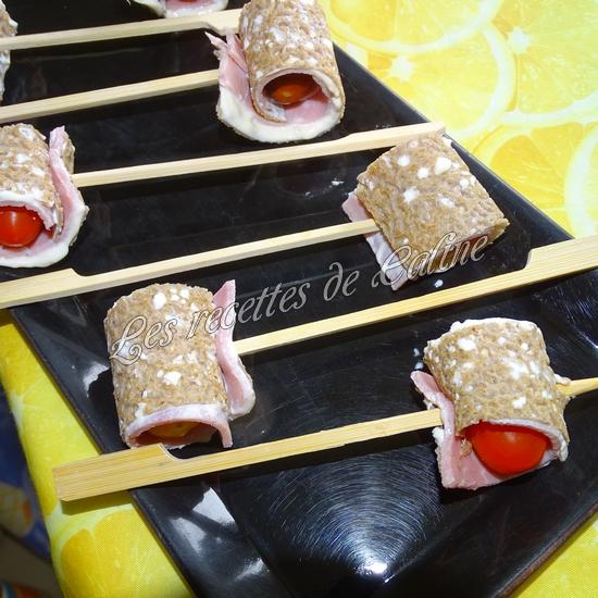 Sucettes de crêpes aux tomates13