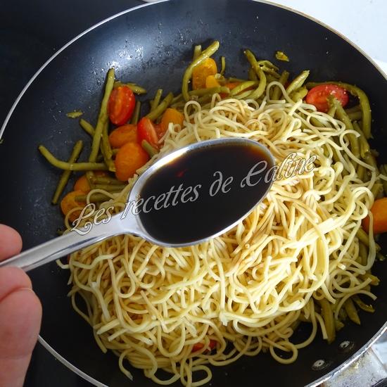 Nouilles sautées aux haricots verts et tomates10