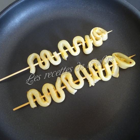 Brochettes de calamars grillés au citron14