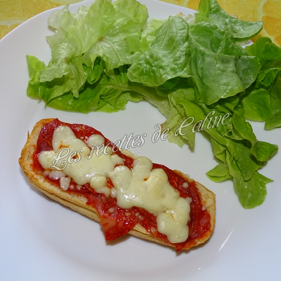 Petit pain pizza au chorizo11
