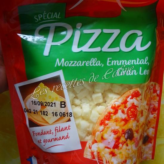 Petit pain pizza au poulet, champignons et boursin15